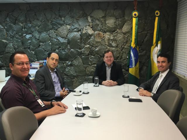 Reunião entre ETICE e MPCE tem foco em redundância de infraestrutura de TI